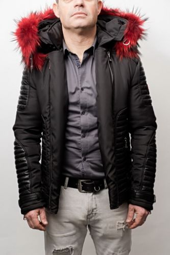 Doudoune Horspist Martinez noir col rouge.