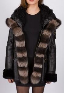 Veste en peaux lainées Giorgio femme noire Shakira.