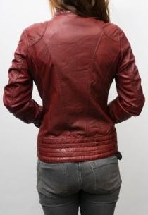 veste véritable cuir de couleur rouge