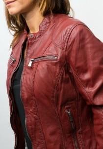blouson rouge en cuir pour femme